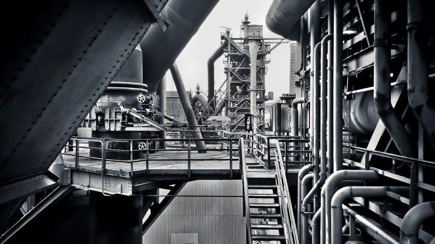 苦戦する鉄鋼メーカー、神戸製鋼所(5406)の業績と株価の行方は?