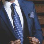 紳士服大手のAOKIホールディングス(8214)、期待されるネットカフェの行方は?