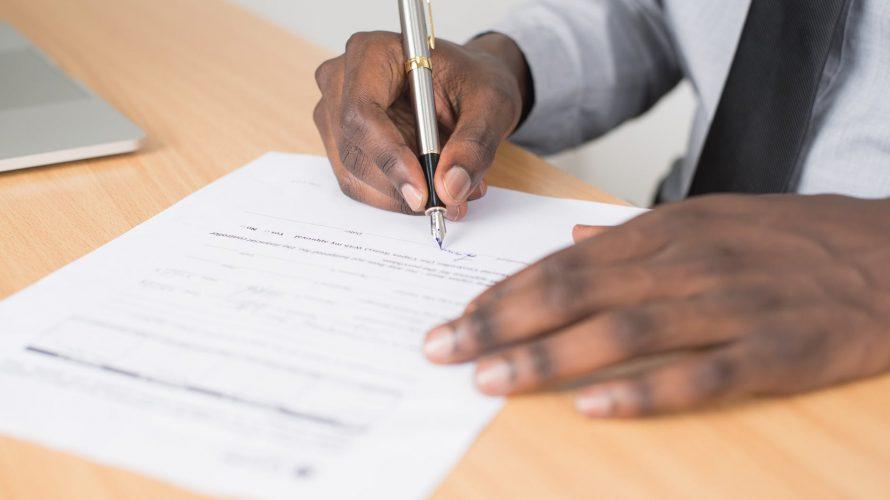 電子契約「クラウドサイン」の弁護士ドットコム、月間サイト訪問者数は減少気味!